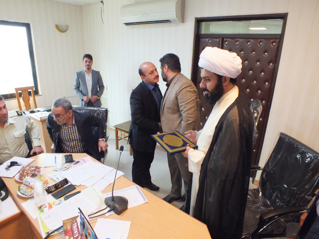 معرفی رئیس اداره آبیاری بخش کوچصفهان به عنوان مدیر نمونه